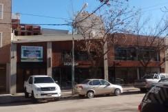 Locales en calle Villegas.