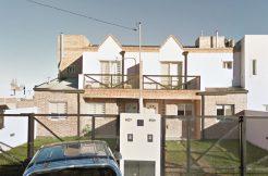 Dúplex en barrio Rincón Lindo, s/ calle Borges.