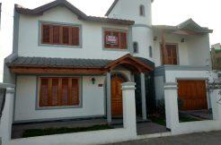 Casa ubicada en B° San Sebastian, s/ calle Molina Campos