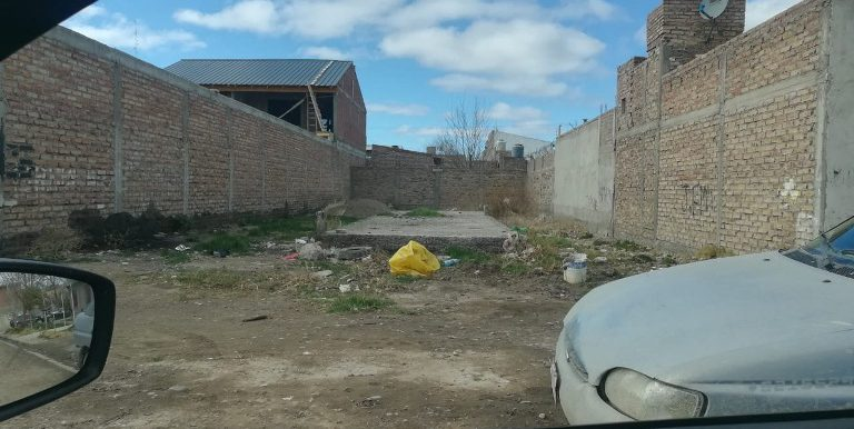 terreno calle don bosco barrio Villarino2
