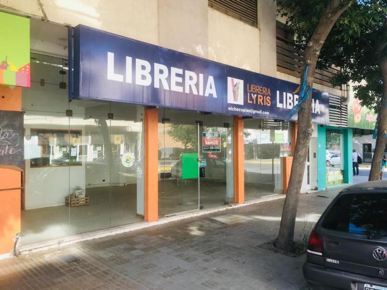 Local ubicado en calle España, pleno Centro de 70 m2