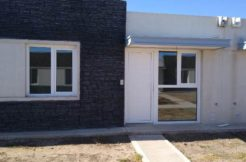 Casa a estrenar en barrio Casas de La Falda