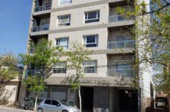 Departamento en zona centro, sobre calle 9 de Julio, edf. San Marino VI