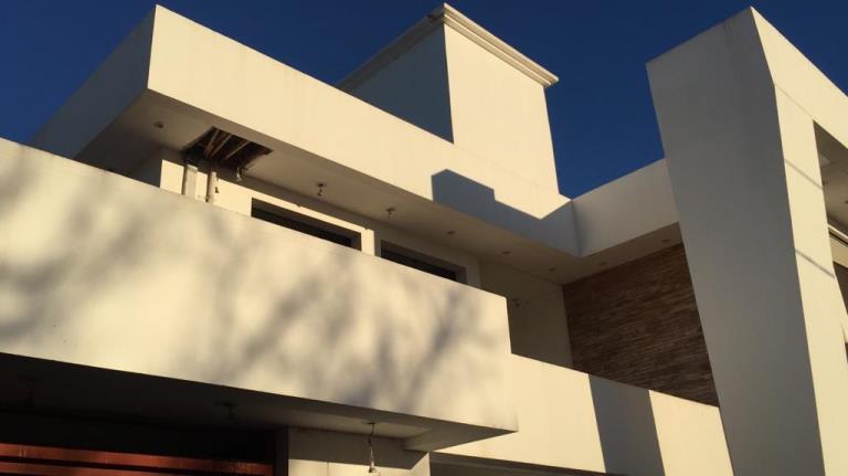 Casa ubicada en Barrio Capellán, sobre calle Jacinto de Capellán